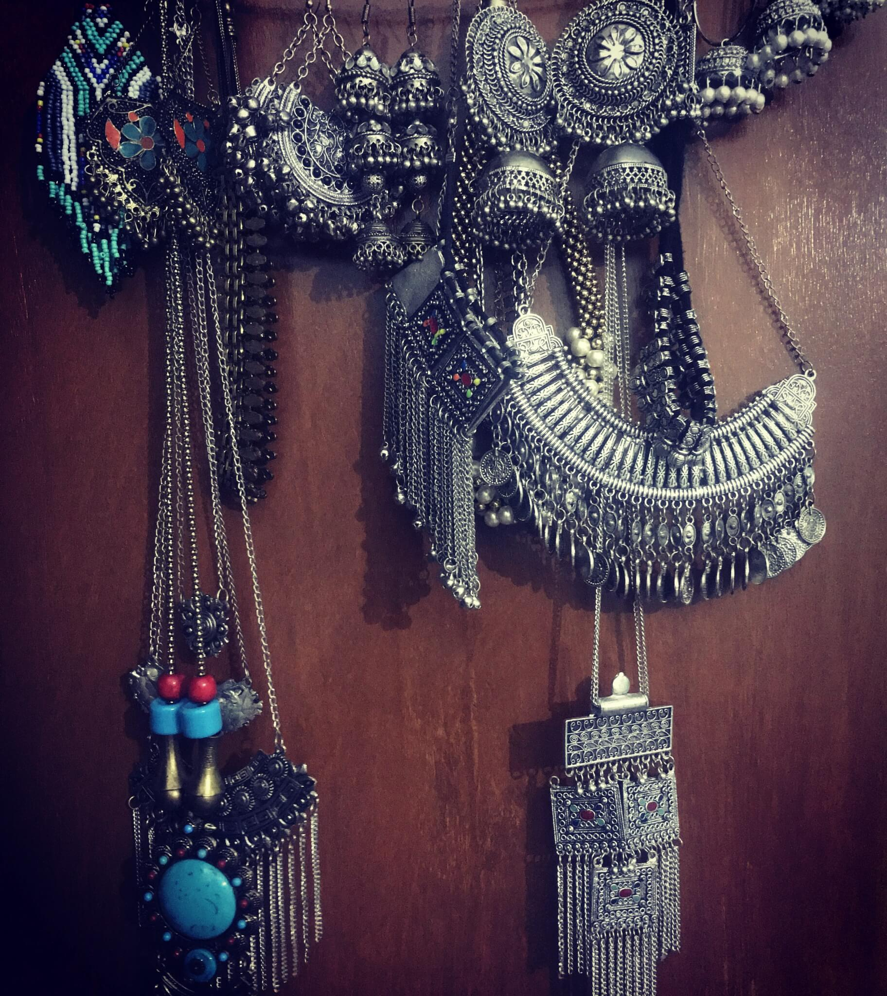 My jewelry collection from Delhi's best junk jewelry market